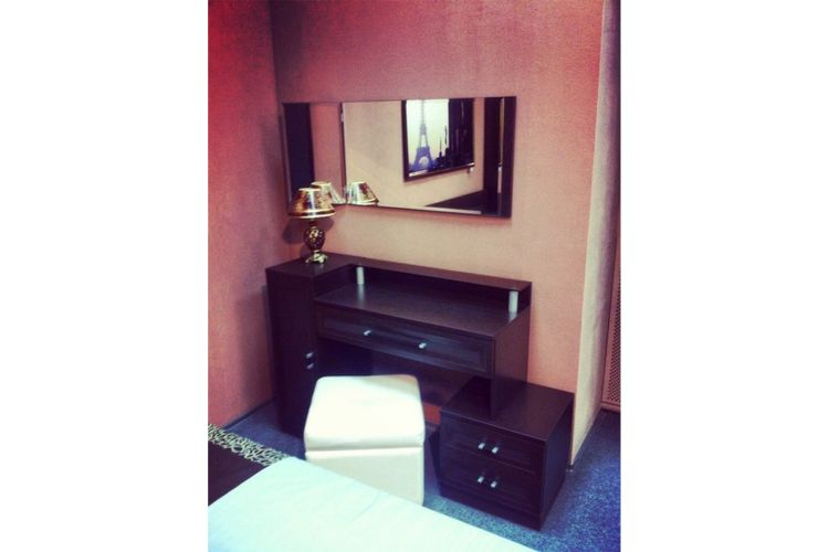 Купить Туалетный стол Вита в интернет магазине корпусной и мягкой мебели для дома