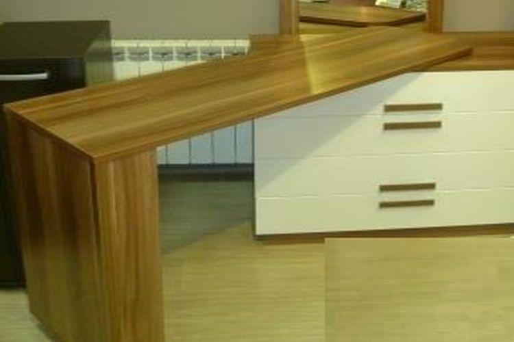 Купить Туалетный стол с поворотным механизмом в интернет магазине корпусной и мягкой мебели для дома